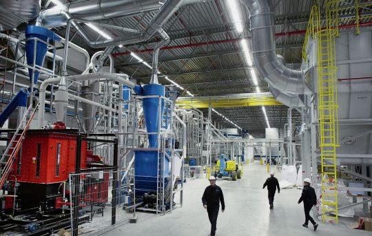LEF co-financiert duurzame kunststoffabriek van QCP